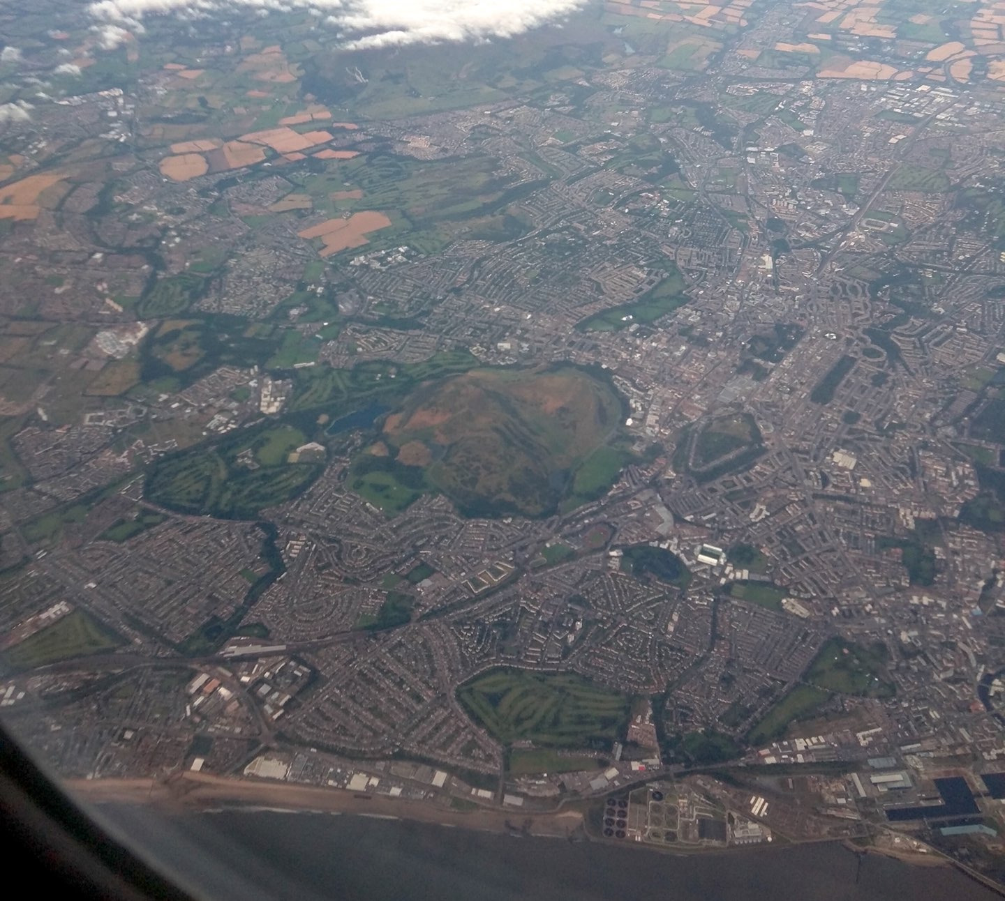 Photo of Edinburgh from above, taken from an airplane window.